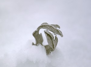 ICE MYSTERY Ring
